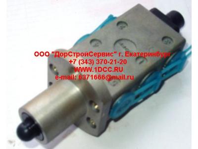Клапан управления КПП (3+2 отв. под трубки) H2/H3,C,DF HOWO (ХОВО) F99660 фото 1 Киров